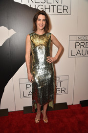 Cobie Smulders completed her high-shine look with gold slingbacks by Giuseppe Zanotti.