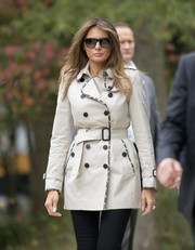 Melania Trump sported a classic Burberry trenchcoat while touring a Secret Service training facility.