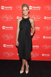 Sasha Pieterse looked ultra elegant at the 'Pretty Little Liars' finale screening in a Grecian-style LBD by Anne Fontaine.