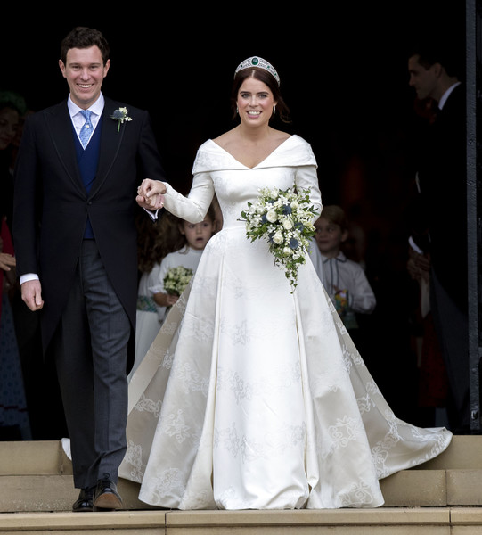 Princess Eugenie Wedding Dress [gown,wedding dress,bridal clothing,marriage,dress,bride,formal wear,suit,wedding,lady,eugenie of york,jack brooksbank,princess,harry,meghan markle,windsor castle,st georges chapel,duchess,wedding,wedding,princess eugenie,meghan duchess of sussex,prince harry,wedding of princess eugenie and jack brooksbank,wedding of prince harry and meghan markle,catherine duchess of cambridge,elizabeth ii,wedding,wedding dress,2018]