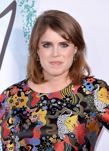 Princess Eugenie Medium Wavy Cut with Bangs [hair,face,hairstyle,fashion,dress,neck,long hair,photo shoot,makeover,fashion design,arrivals,eugenie,london,england,the serpentine gallery,serpentine galleries summer party,the serpentine galleries summer party]