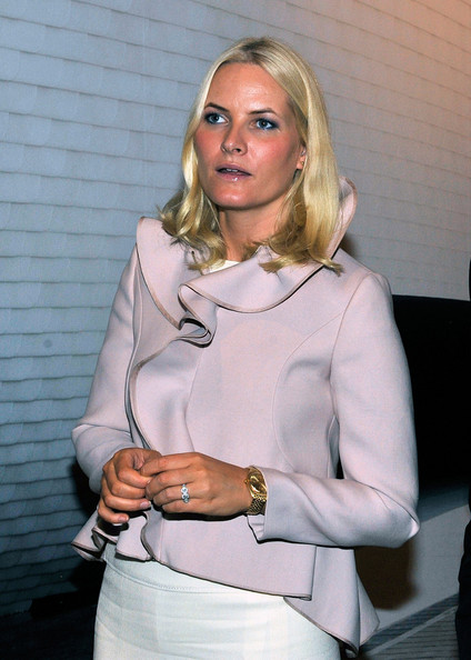 Princess Mette-Marit Cropped Jacket [common ground,blond,clothing,lady,neck,fashion accessory,blouse,sleeve,formal wear,models,mette-marit of norway,crown prince haakon,new york city,nordic,scandinavia house,visit]