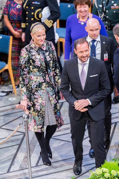 Princess Mette-Marit Printed Coat [event,fashion,ceremony,suit,mette marit of norway,haakon,nobel peace prize,norway,oslo city town hall,nobel peace prize award ceremony,ceremony]