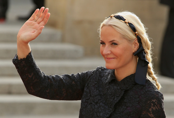 Princess Mette-Marit Loose Braid [guillaume of luxembourg stephanie de lannoy - official ceremony,mette marit of norway,prince,stephanie,belgian countess,guillaume of luxembourg,hair,lady,beauty,blond,finger,arm,fashion,hand,gesture,headgear,luxembourg,wedding,wedding ceremony,ceremony]