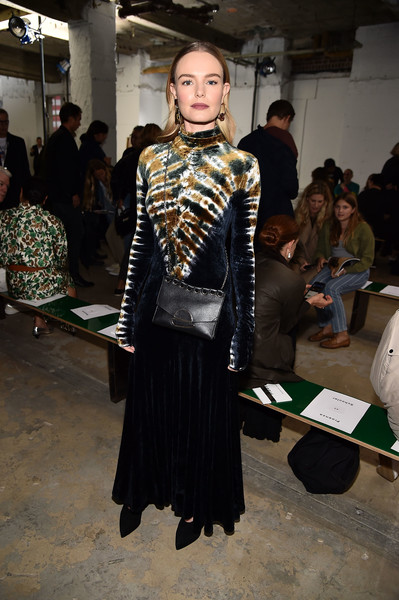 More Pics of Kate Bosworth Chain Strap Bag (5 of 10) - Kate Bosworth Lookbook - StyleBistro [fashion,clothing,fashion design,fashion model,haute couture,fashion show,event,kate bosworth,front row,wall street,new york city,proenza schouler,new york fashion week]