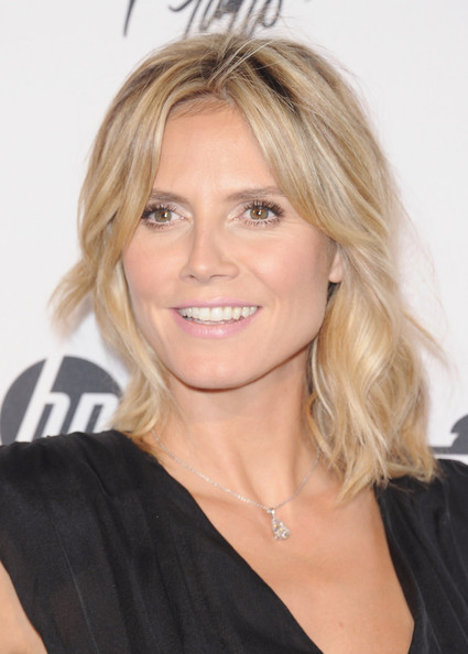 More Pics of Heidi Klum Medium Wavy Cut (1 of 11) - Medium Wavy Cut Lookbook - StyleBistro