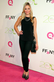Katrina Bowden finished off her casual all-black outfit in fab style with a pair of ombre croc-embossed pumps during the FFANY Shoes on Sale event.