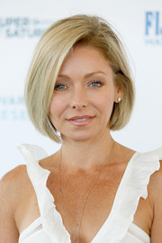 Kelly Ripa sported a perfectly styled bob during Super Saturday Live.