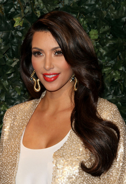 Kim Kardashian Hollywood Loves Retro Glamour Stylebistro