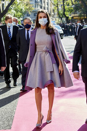 Queen Letizia of Spain showed off her flawless style in a matchy-matchy lavender dress and coat combo by Carolina Herrera at the King Jaime I Awards.