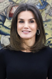 Queen Letizia of Spain sported a bouncy center-parted lob while attending audiences at Zarzuela Palace.