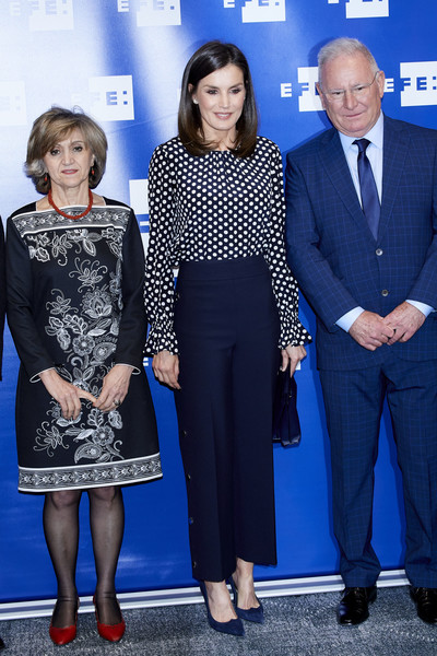 More Pics of Queen Letizia of Spain Pumps (3 of 12) - Heels Lookbook - StyleBistro [letizia of spain attends,event related to mass media and mental health at efe agency headquarters,event,fashion,electric blue,premiere,dress,style,letizia of spain,april 03,c,spain,madrid,medios de comunicacion y salud mental,event in madrid]