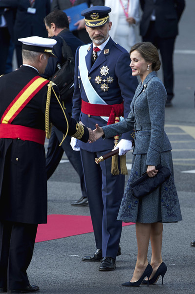 Queen Letizia of Spain Frame Clutch [uniform,military uniform,military officer,event,official,gesture,military,military person,ceremony,colonel,spanish,spain,madrid,the national day military parade,felipe vi,royals,letizia]