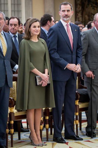 Queen Letizia of Spain Printed Clutch [suit,formal wear,coat,dress,standing,outerwear,fashion,tuxedo,flooring,official,royals,felipe vi,letizia,r,spanish,spain,madrid,l,the national sports awards ceremony,ceremony]