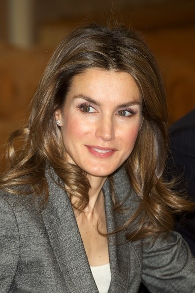 Queen Letizia of Spain Long Curls [hair,face,hairstyle,blond,eyebrow,brown hair,beauty,chin,lip,layered hair,princess,letizia,madrid,spain,letizia of spain attends antena 3 foundation meeting,antena 3 foundation,meeting]