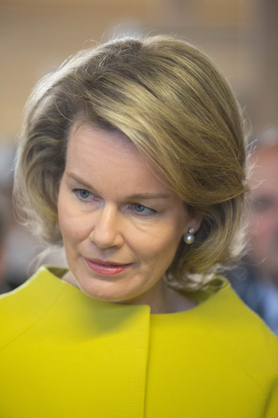Queen Mathilde of Belgium Bob [mathilde of belgium,philippe of belgium,mathy,bois,hair,face,blond,hairstyle,eyebrow,chin,yellow,beauty,lady,forehead,namur,belgium,couvin]