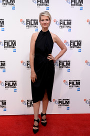 Cynthia Nixon donned a pair of black cutout pumps for a chicer finish to her dress.