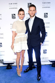 Kate Mara sealed off her look with silver Jimmy Choo pumps.