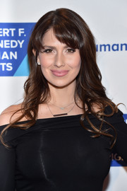 Hilaria Baldwin looked sweet with her long wavy hairstyle at the Ripple of Hope Awards.