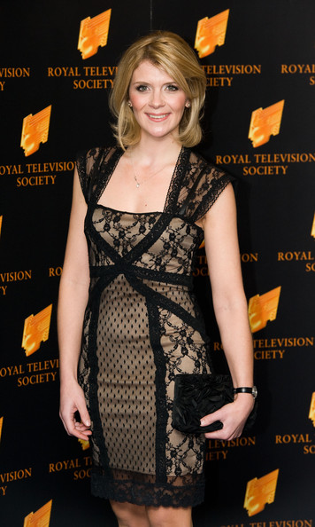 More Pics of Jane Danson Medium Layered Cut (1 of 4) - Jane Danson Lookbook - StyleBistro