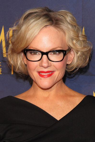 Rachael Harris Curled Out Bob [night at the museum: secret of the tomb,eyewear,hair,face,glasses,hairstyle,blond,chin,eyebrow,lip,forehead,arrivals,rachael harris,new york,ziegfeld theater,new york premiere]