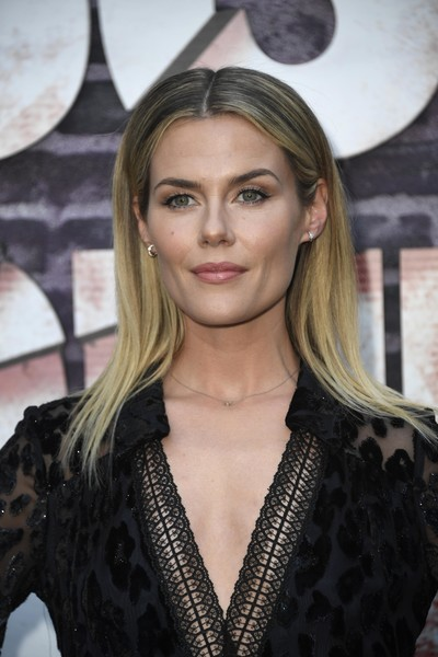 Rachael Taylor Ombre Hair [season,hair,hairstyle,blond,beauty,fashion,eyebrow,fashion model,long hair,brown hair,layered hair,arrivals,jessica jones,rachael taylor,arclight hollywood,california,netflix,screening]