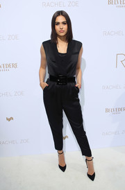 Amelia Hamlin kept it relaxed in a sleeveless black jumpsuit at the Rachel Zoe Spring 2019 presentation.