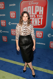 Katie Lowes donned a tiger-print turtleneck for the premiere of 'Ralph Breaks the Internet.'