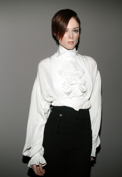 More Pics of Coco Rocha Side Parted Straight Cut (1 of 9) - Short Hairstyles Lookbook - StyleBistro
