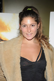 Stella Schnabel looked natural as she tied her wavy locks in a ponytail at the 'Rampart' movie premiere.