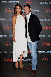A pair of thick-strapped butterscotch heels were Vogue William's footwear of choice at the 'Real Steel' Australian Premiere.
