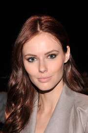 Alyssa Campanella achieved a subtle beauty look with a nude lip color when she attended the Rebecca Minkoff fashion show.
