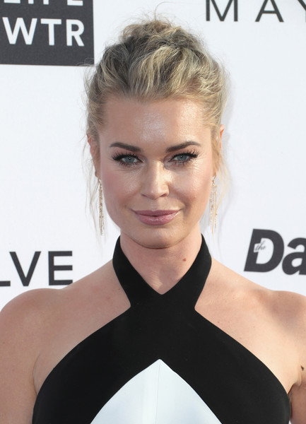 Rebecca Romijn Messy Updo [hair,face,hairstyle,eyebrow,blond,beauty,skin,shoulder,chin,lip,arrivals,rebecca romijn,west hollywood,california,sunset tower hotel,daily front row,3rd annual fashion los angeles awards]