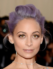 Nicole Richie pulled her purple hair back into a gorgeous loose bun for the Met Gala.