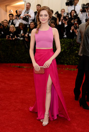 Emma Stone teamed her top with a floor-sweeping fuchsia skirt, also by Thakoon, for an oh-so-lovely color-blocked look.