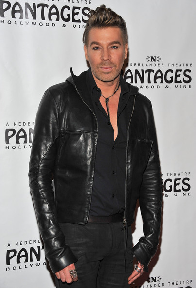 Chaz Dean added some edge to his look with a simple black leather jacket.
