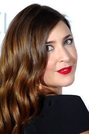 Lisa Snowdon was right on trend with a lovely bright blue-red lipstick at Red's Hot Women Awards.