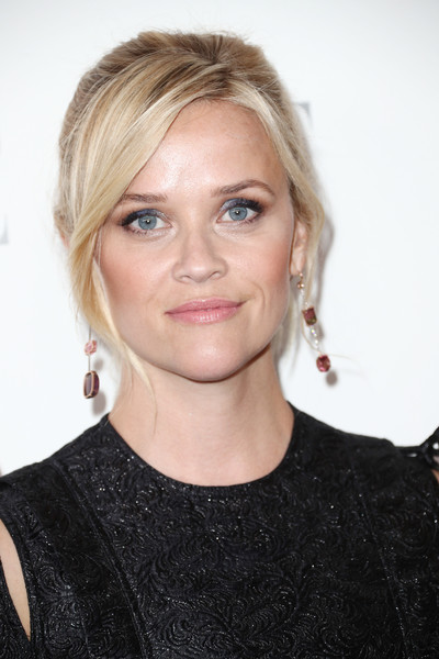 Reese Witherspoon Ponytail [elle,hair,face,hairstyle,blond,eyebrow,chin,lip,beauty,shoulder,long hair,los angeles,four seasons hotel,california,beverly hills,24th annual women in hollywood celebration - arrivals,24th annual women in hollywood celebration,reese witherspoon]