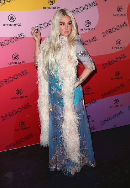 More Pics of Kesha Stole (1 of 9) - Scarves Lookbook - StyleBistro [red carpet,carpet,long hair,fashion,hairstyle,dress,blond,premiere,flooring,fashion design,arrivals,kesha,reality,los angeles,29rooms,california,the reef,refinery29]