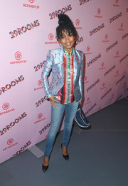 Yara Shahidi went casual on the bottom half with a pair of skinny jeans by J Brand.