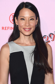 Lucy Liu kept it simple with this loose straight style at the 29Rooms: Turn It Into Art event.