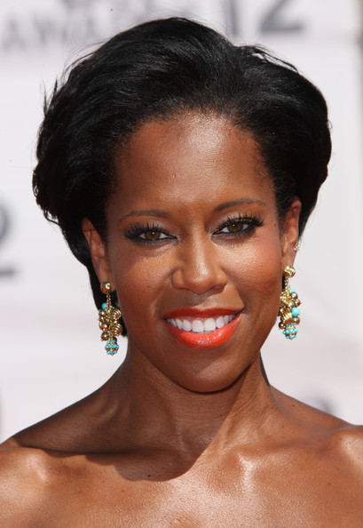 Regina King Short Side Part