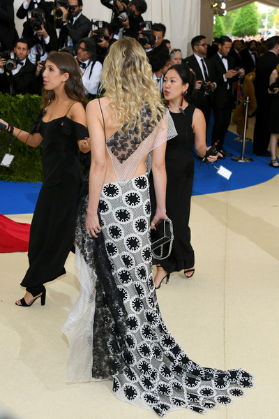 More Pics of Dree Hemingway Embroidered Dress (1 of 8) - Dree Hemingway Lookbook - StyleBistro [rei kawakubo/comme des garcons: art of the in-between,rei kawakubo/comme des garcons: art of the in-between,red carpet,clothing,dress,fashion,shoulder,flooring,carpet,event,gown,premiere,costume institute gala - arrivals,dree hemingway,new york city,metropolitan museum of art,costume institute gala]