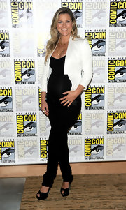 Actress Ali Larter wore a pair of Mama J  3412 pencil leg maternity jeans in Dusk while attending the 'Resident Evil: Afterlife' red carpet at Comic Con 2010.