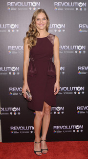Tracy Spiridakos looked chic and girly in a plum-colored cocktail dress with peplum detailing during the 'Revolution' season 2 premiere.