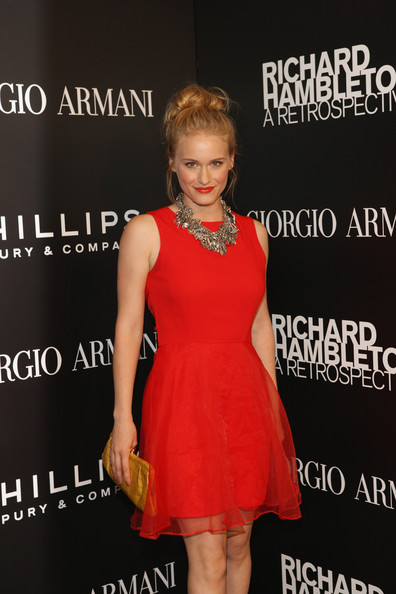 Leven Rambin wore her hair in a cute messy bun for this art opening party.