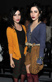 Lisa Origliasso was wearing a mustard cardigan at the Richie Rich fashion show.