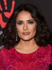 Salma Hayek looked charming with her voluminous curls during the Diamond Ball.