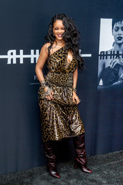 Rihanna slayed in a one-shoulder, keyhole-cutout dress by Saint Laurent at the launch of her visual autobiography.