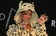 Rihanna showed off fierce side with  bejeweled leopard print nail art. Purrrfect!